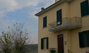 (Italiano) Vicomero (PR)  Appartamento mq.100
