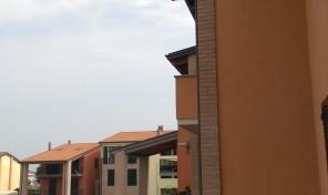 Sissa comune di Trecasali (PR) Villa a schiera con 150 mq. giardino