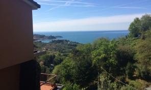 Lerici (La Spezia) appartamento con giardino